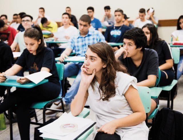 Ensino médio a distância pode virar realidade em breve