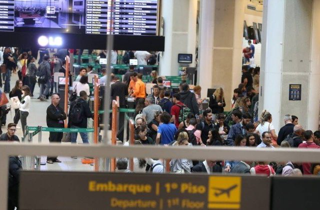 Rio implanta barreiras sanitárias para voos da Índia nos aeroportos da cidade