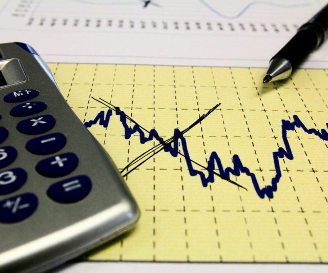 Projeção de expansão da economia cai pela oitava vez e vai para 1,71%