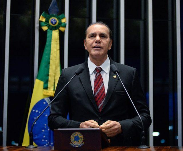 Reforma tributária teria impedido a crise dos combustíveis, diz Ataídes Oliveira