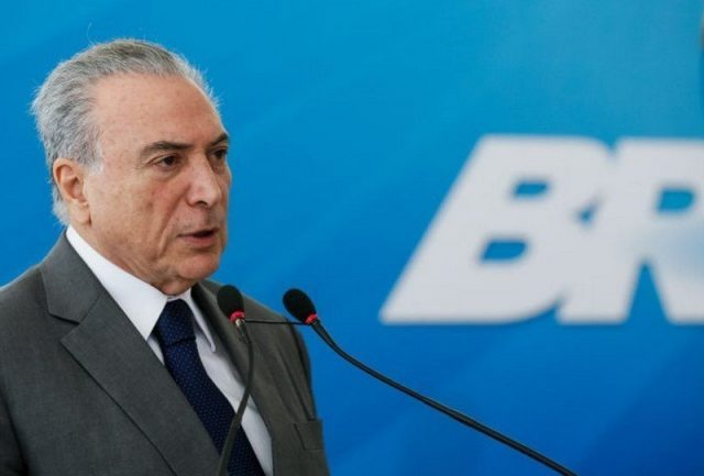 Temer pode reforçar segurança dos candidatos após atentado contra Bolsonaro