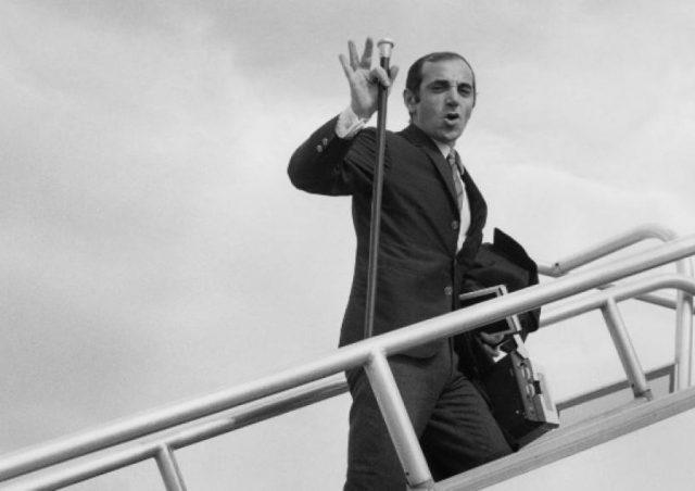 Armênia, nação dos pais de Charles Aznavour, presta grande homenagem ao cantor