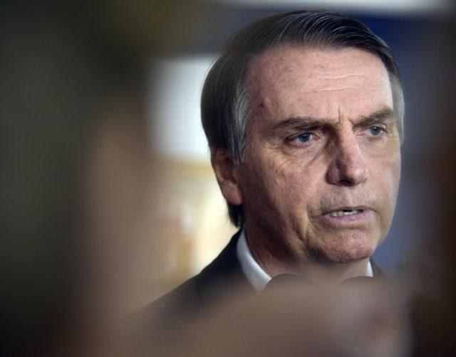 """""""Violência no Brasil já passou da linha do absurdo"""", afirma Bolsonaro"""