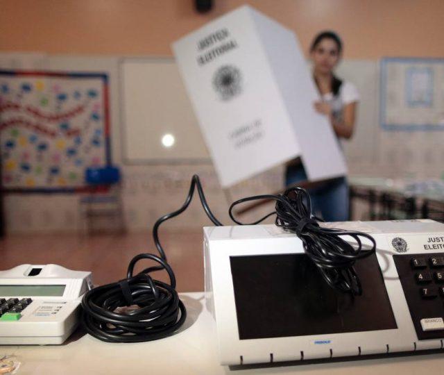 Mesários começam a ser convocados para trabalhar nas eleições