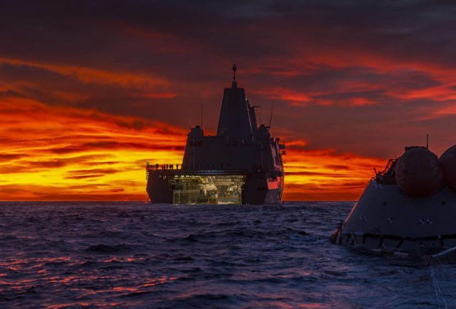 EUA efetuam teste de resgate de cápsula espacial 'marciana' no Pacífico