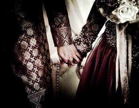 Homem se casa com a noiva morta durante funeral