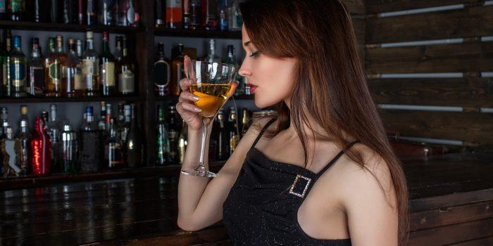 Por que alguns vinhos fedem? Cientistas explicam