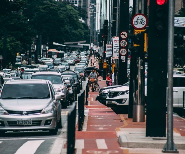 Rio de Janeiro e São Paulo perdem participação no PIB, diz IBGE