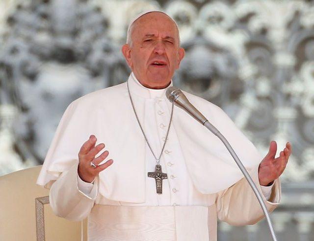 """Papa volta a expressar """"solidariedade e carinho pelo povo brasileiro"""" e envia benção"""