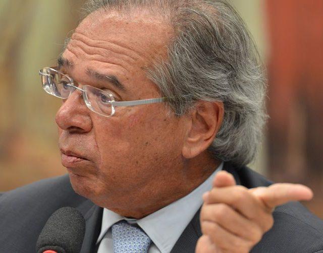"""Guedes promete """"quatro grandes privatizações"""" em até 90 dias"""