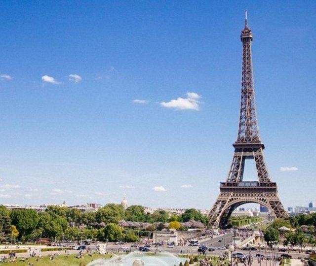 Coronavírus   Metade dos pacientes graves na França têm menos de 65 anos