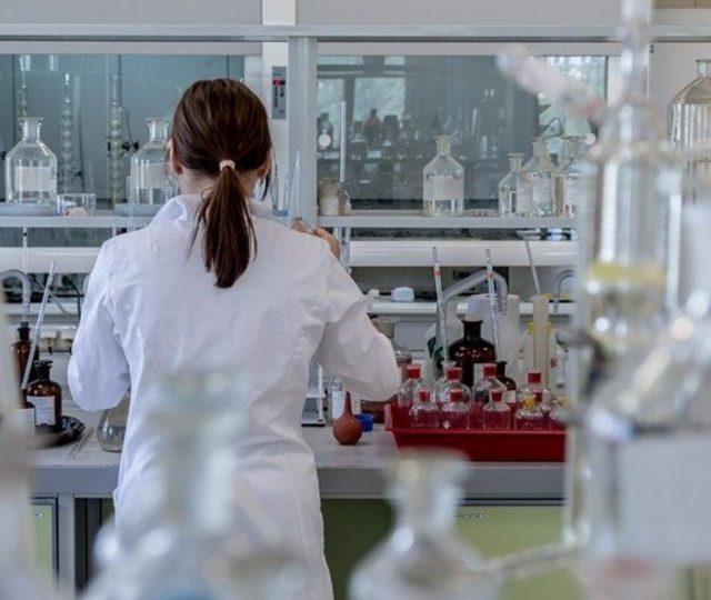 Capes lança programa de pesquisa de combate à epidemias