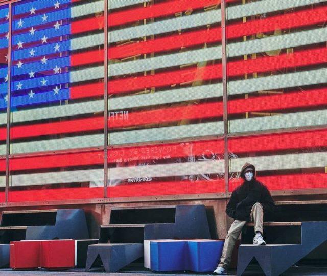 Em um dia, Covid-19 mata mais nos EUA que o atentado de 11 de setembro