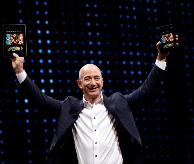 Fundador da Amazon anuncia pré-escola gratuita para crianças pobres