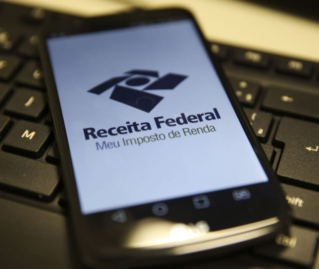 Receita Federal emite alerta sobre fraude em e-mail com informações do Imposto de Renda