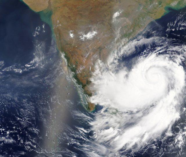 Ventos de até 90 km/h podem atingir o litoral de Santa Catarina, Paraná, São Paulo e Rio de Janeiro
