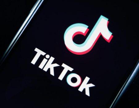 TikTok impõe limite de 40 minutos por dia para adolescentes na China