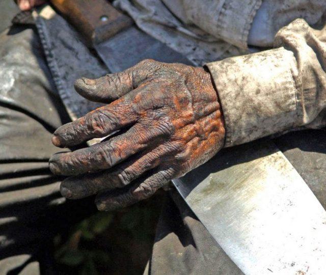 Homem encontrado em condição semelhante à de escravo será indenizado em R$ 3 mil por danos morais