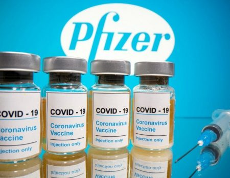 Vacinação em Israel teria derrubado contágios entre imunizados para apenas 0,01%