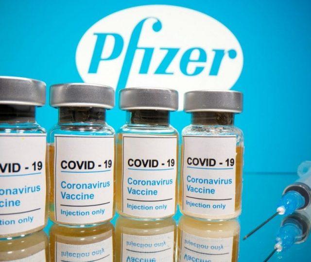 Vacina da Pfizer reduz infecções em 75% após 1ª dose