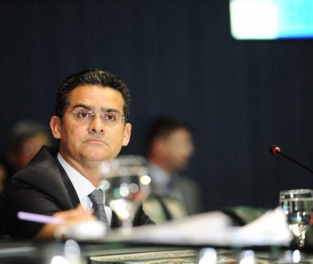 MP pede prisão do prefeito de Manaus acusado de desviar vacinas