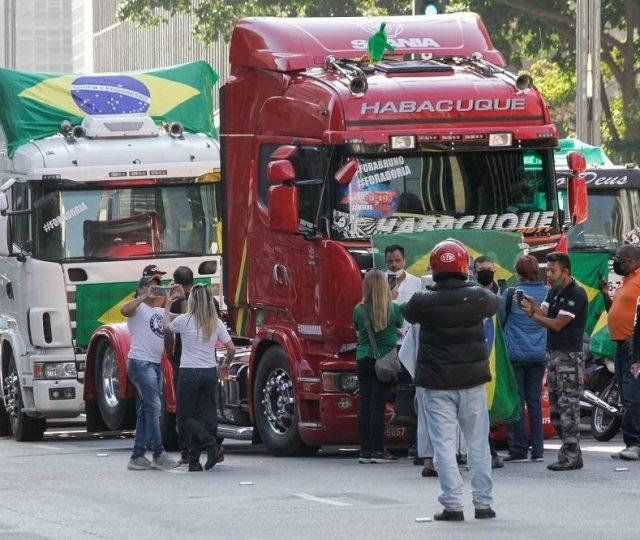 """Associação prepara nova greve dos caminhoneiros para o dia 1º: """"vai ser bem mais forte que 2018"""""""