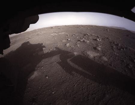 Nasa divulga primeira foto colorida de Marte captada pelo Perseverance