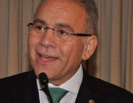 Após críticas, Ministério da Saúde volta atrás e suspende mudanças no registro de mortes por Covid-19
