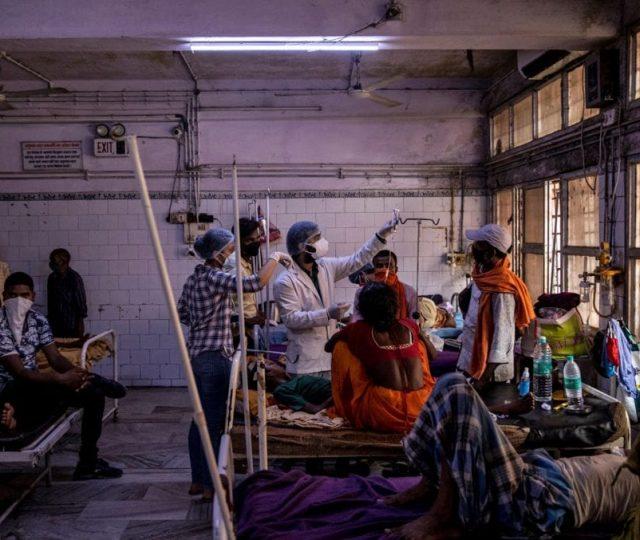 Mesmo com recorde de casos e mortes, Índia ainda usa hidroxicloroquina no tratamento da Covid-19