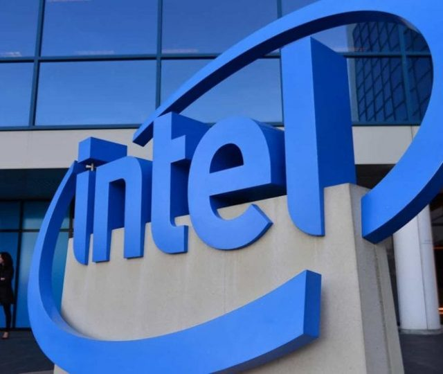 Presidente da Intel prevê que falta de chips pode durar vários anos