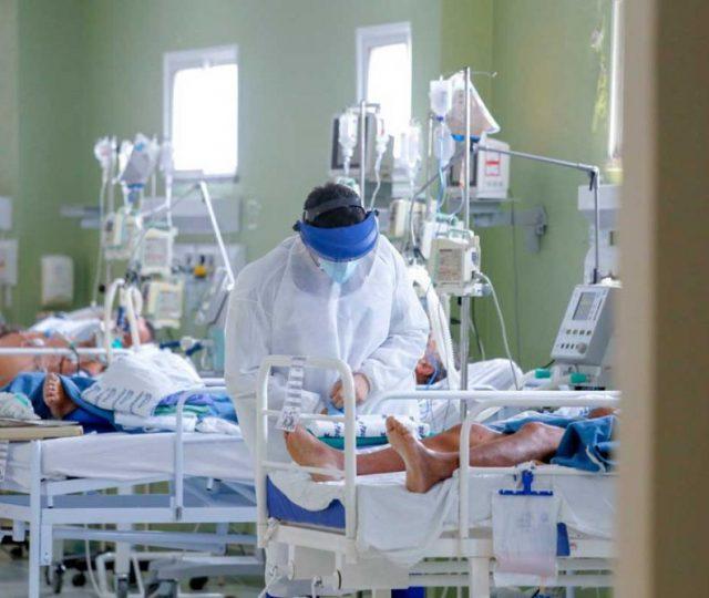 CoronaVac reduz chance de morte por Covid-19 em 74% e AstraZeneca em 90%, indica estudo brasileiro